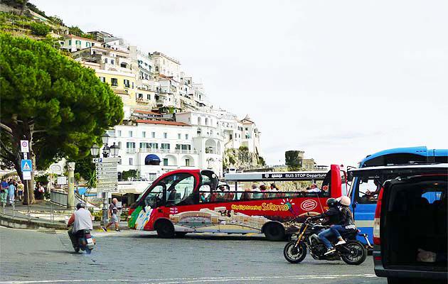 アマルフィのラヴェッロ、スカーラ行きバス停留所