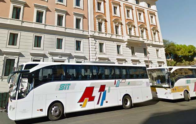 ローマ市内のシャトルバス