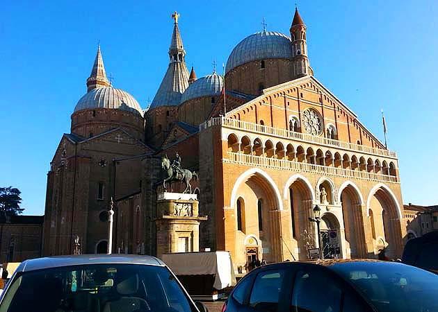 サンタントニオ大聖堂 Basilica di Sant'Antonio パドヴァ