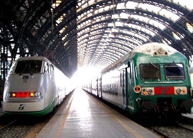 ローマ・テルミニ駅の空港駅行き列車