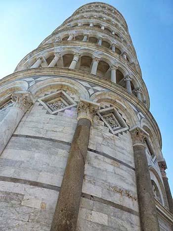 ピサの斜塔・世界遺産ピサのドゥオモ広場