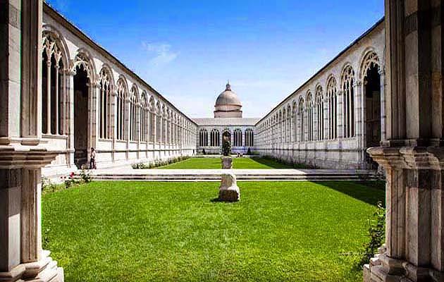 墓所(カンポサント)ピサのドゥオモ広場・世界遺産ピサのドゥオモ広場