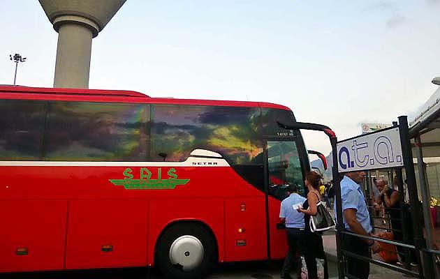 バスでパレルモからカターニアへアクセス イタリア