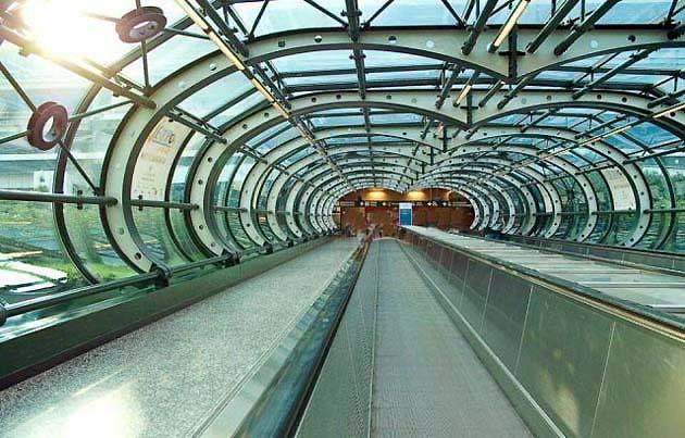 マルペンサ空港の列車マルペンサ・エクスプレス乗り場
