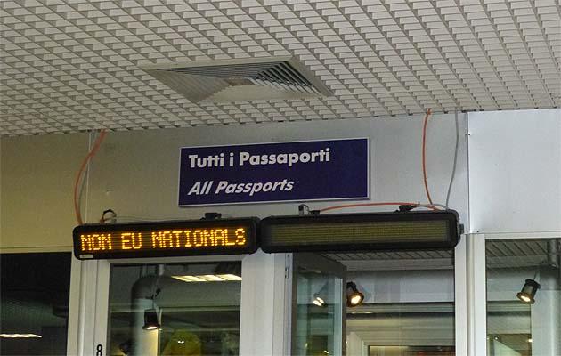 カターニア・フォンタナ・ロッサ空港
