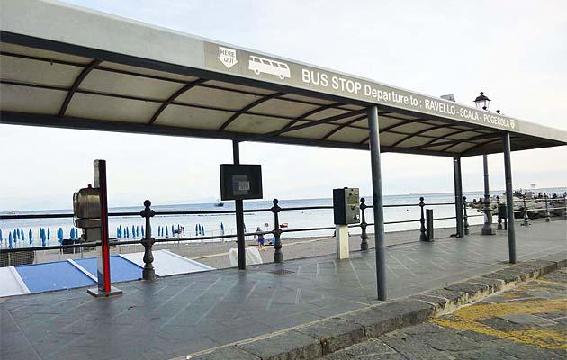 アマルフィのバス乗り場・停留所