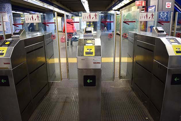 ローマの地下鉄B線のポンテ・マンモロ駅