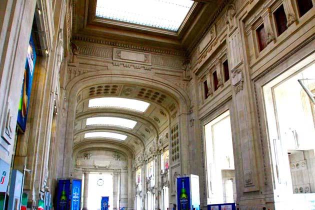ミラノ中央駅完全ガイド 列車でアクセス