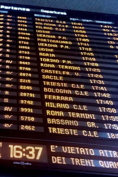 ヴェネツィア・サンタルチア駅