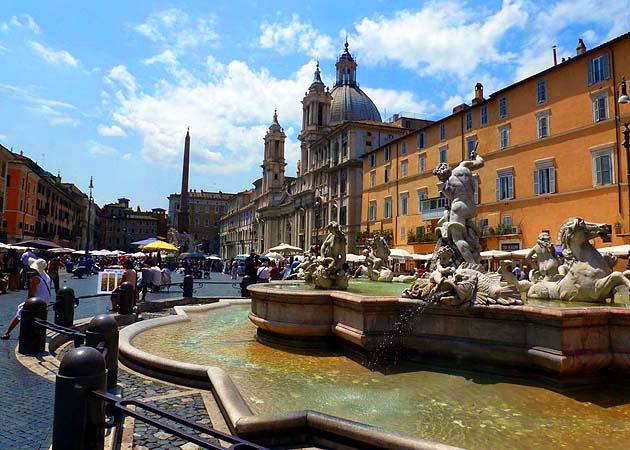 ナヴォーナ広場・ローマ