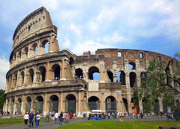 コロッセオ・ローマ